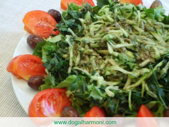 pestolu kabak salatası